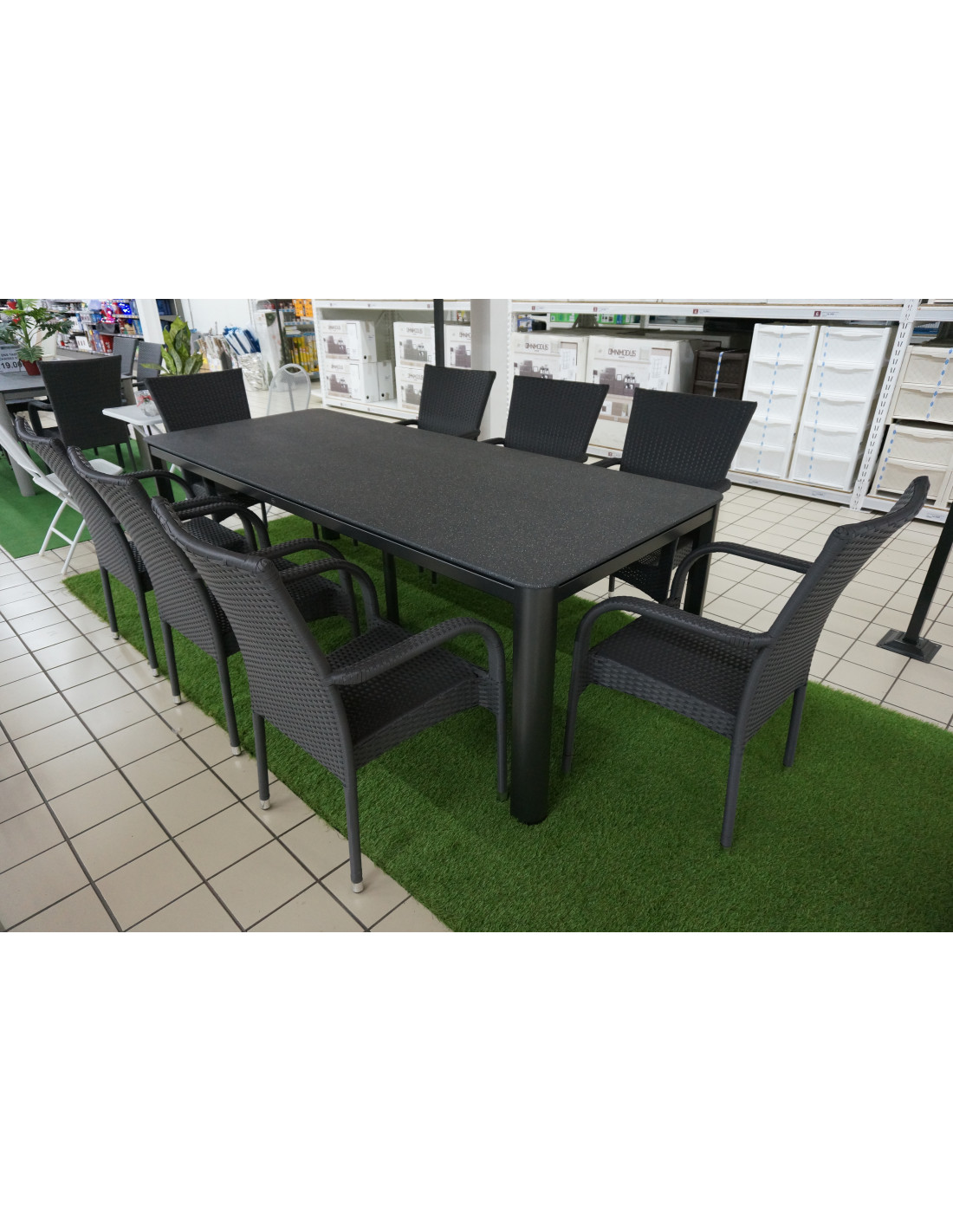 Brico Ensemble De Hyper Table Jardin Chaises Avec 8 v8nPymw0ON