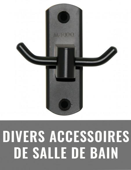 Divers accessoires de salle de bain